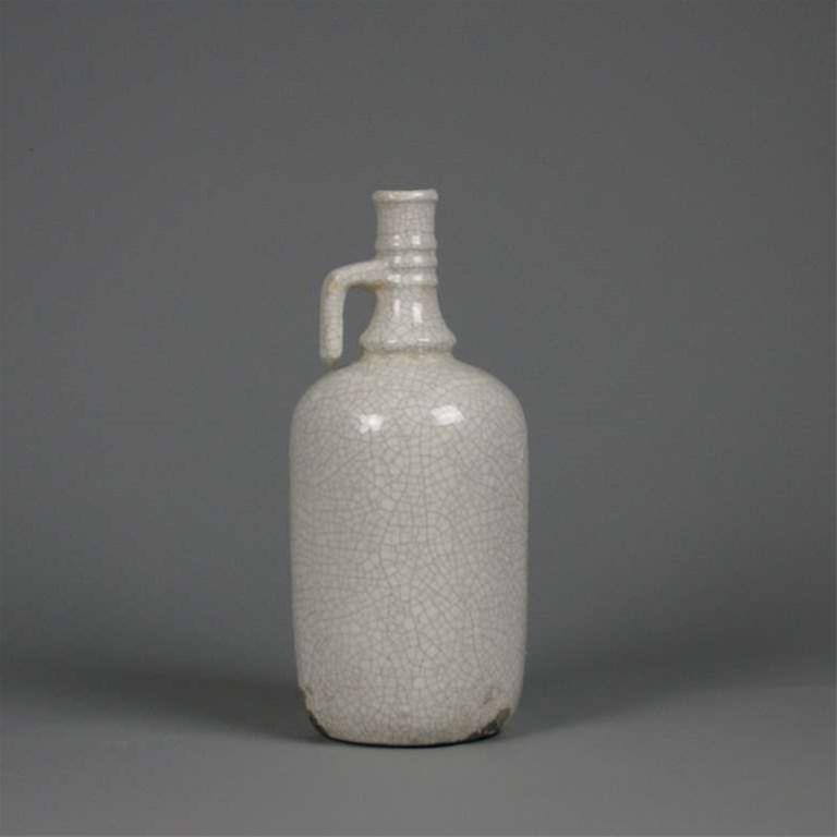 Bottle Paraffin Cr. White
