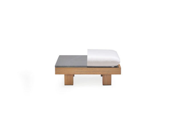 Beach 7 Tapa Coffeetable & Ottomane