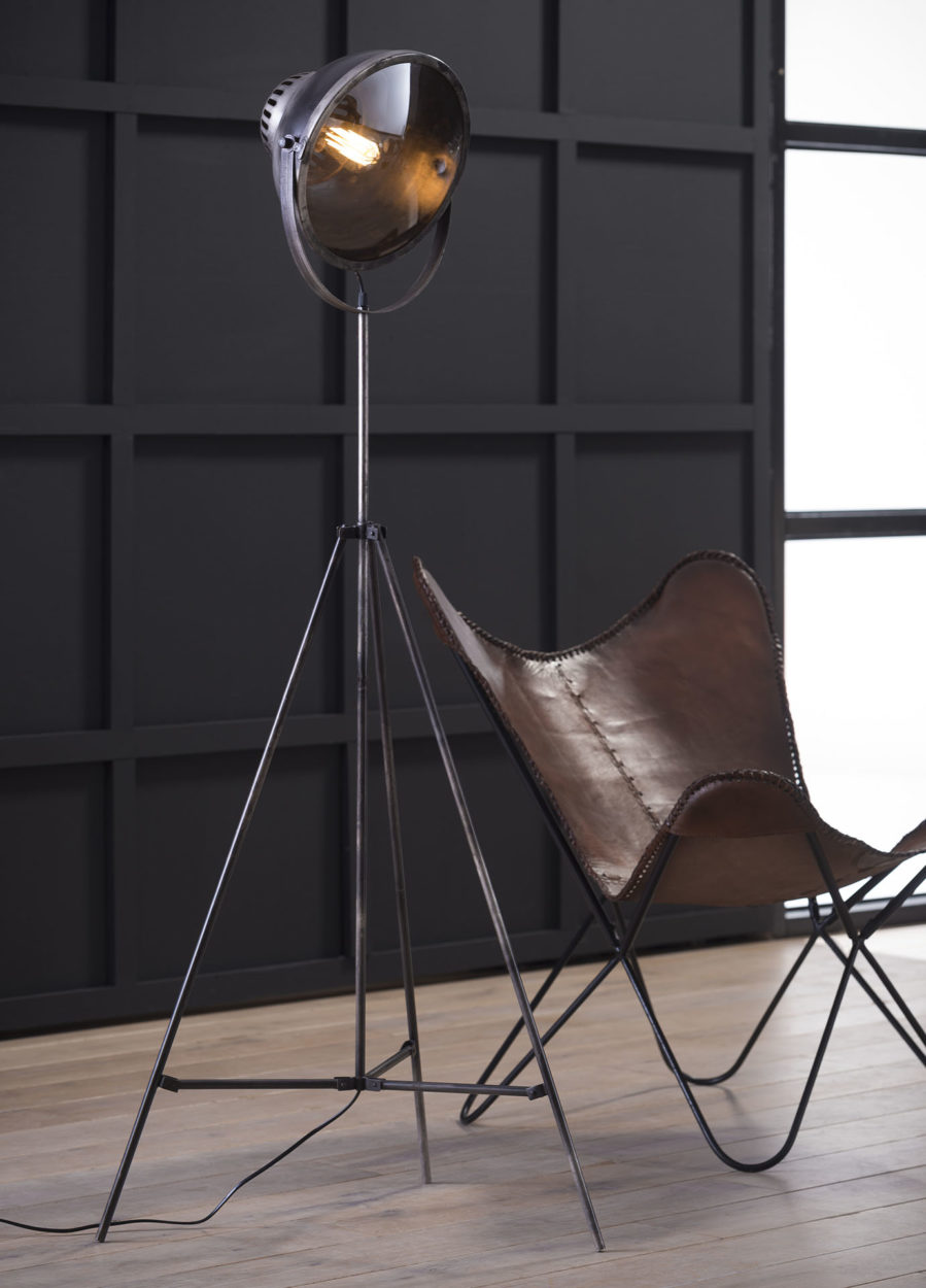 Bonnet vloerlamp metalen statief vintage