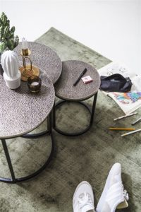 By Boo Trapeze salontafel set van drie rond sfeer