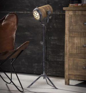 Iron vloerlamp houten kap L