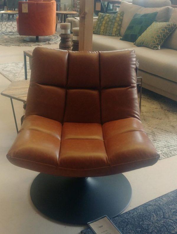 Dutchbone Bar lounge chair cognac showroommodel