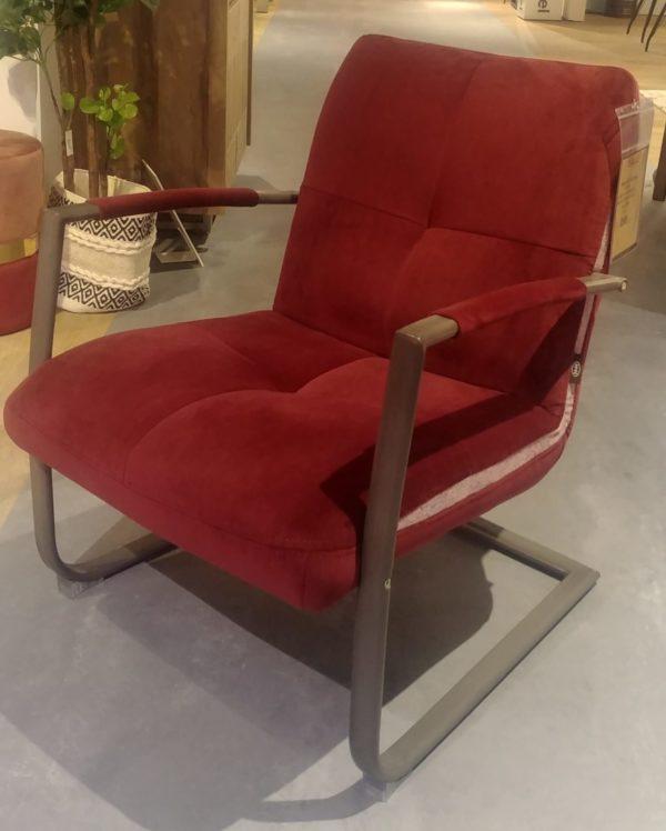 Henders en Hazel Margrit fauteuil bordeaux showroommodel