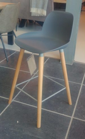 Zuiver Albert Kuip counterstool grijs showroommodel