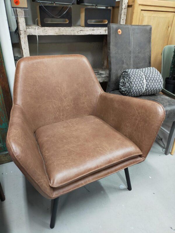 Bon fauteuil cognac showroommodel