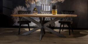 UrbanSofa Romy eettafel ovaal 240 x 120 cm spinpoot Pure Steel